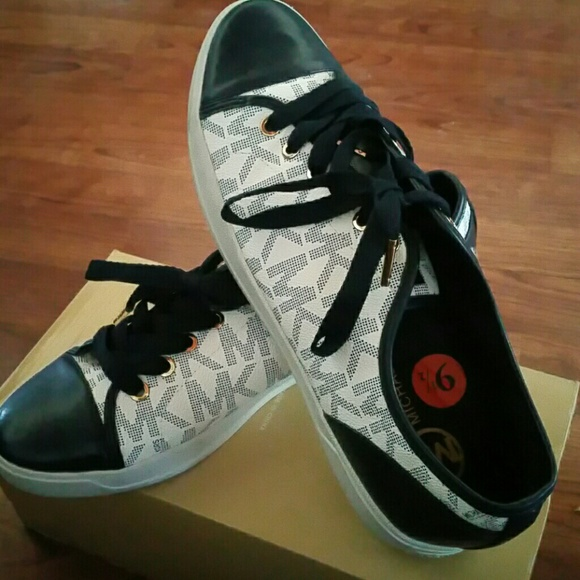 Michael Kors Shoes - Great Condition Sneakers